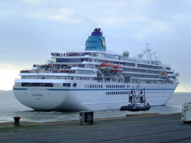 cruise_ship_amadea_2011-08-01
